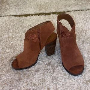 Lucky Brand booties